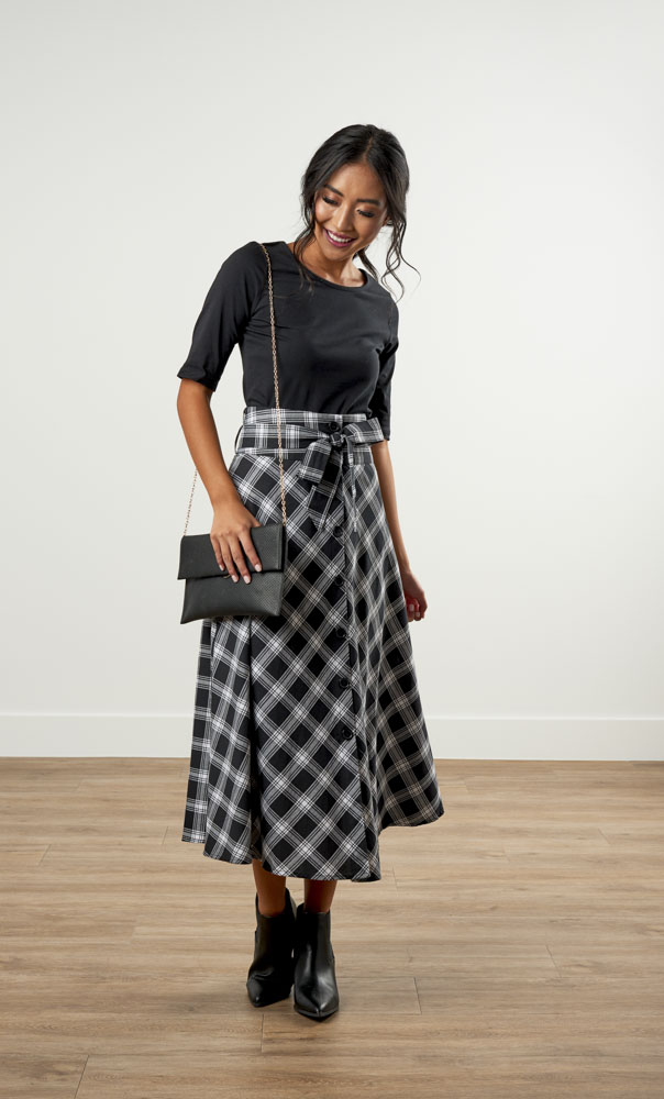 Image For A-Line Plaid<br>Button-up Skirt Black/White